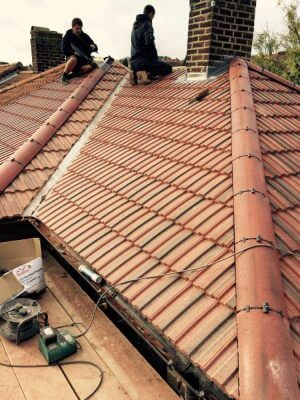 Traditional-Roofing-Specialist-7-1000